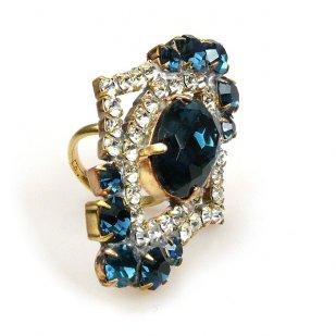 Pompe Ring ~ Crystal with Montana Blue Oval