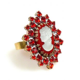 Cameo Ring ~ Red