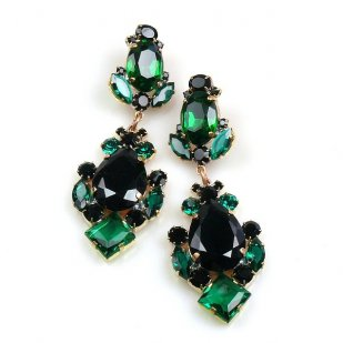 Déjà vu Pierced Earrings ~ Emerald Black