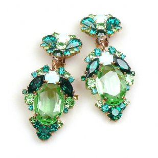 Mythique Extra Clips-on Earrings ~ Green Emerald