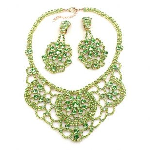 Aisha Necklace Set with Earrings Peridot Green