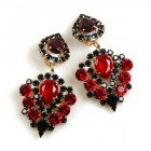Lioness Clips-on Earrings ~ Red Black