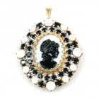 Cameo Pendant Oval ~ White Black
