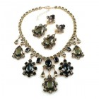 Heritage of History Set with Earrings ~ Black