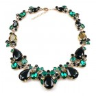Déjà vu Necklace ~ Emerald Green with Black