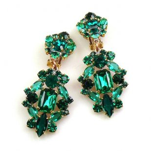 Fatal Passion Earrings Clips-on ~ Emerald